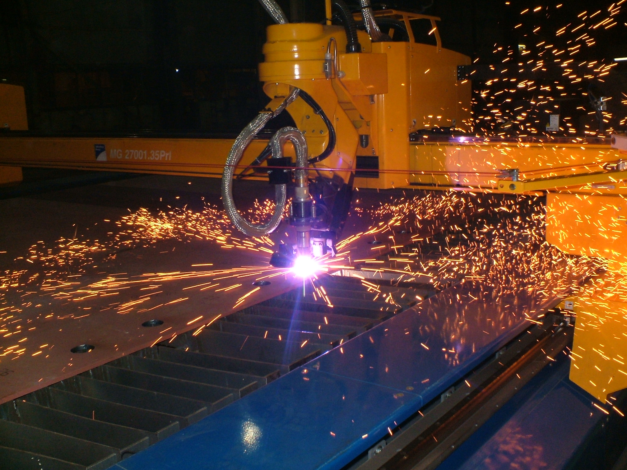Cnc_plasma_cutting