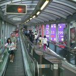 HK_Central_Cochrane_Street_Central-Mid-Levels_escalators_Upsidedown